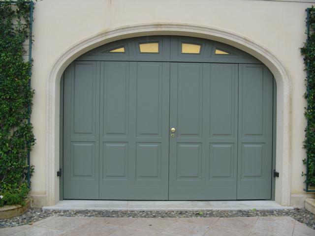 Porte portoni e serrande per garage ferrari stefano c - Prezzo porta basculante garage ...